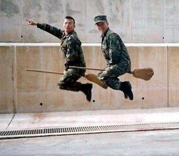 funny idiots fly